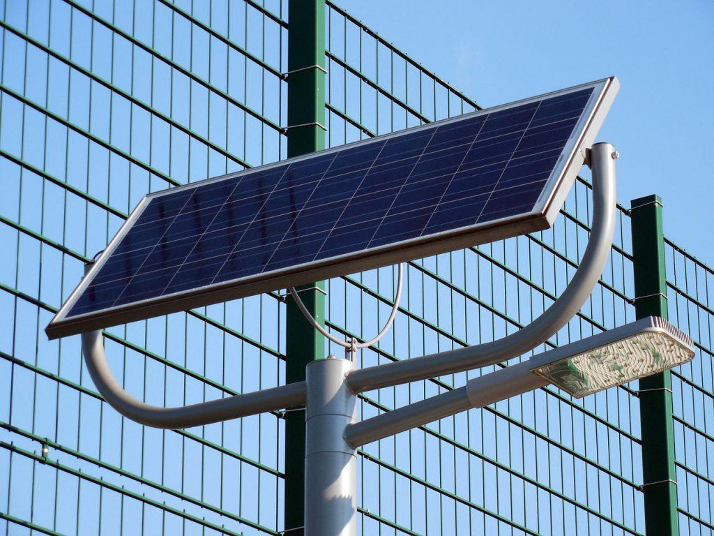 solar-cells-708178_1280